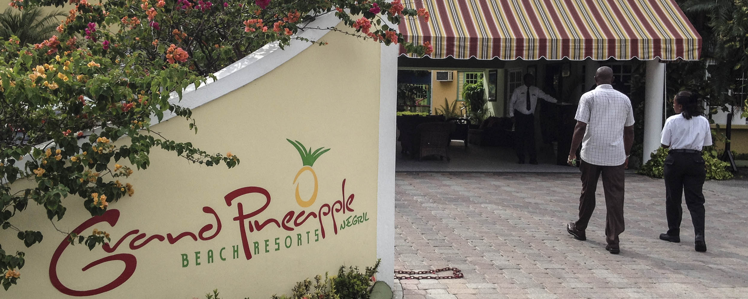 Grand Pineapple Beach Resort - Negril Jamaica